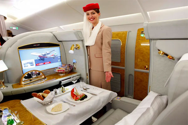 Emirates-Airlines-First-Class